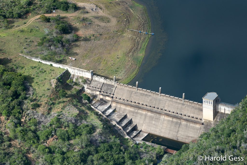 Settlers Dam wall, Eastern Cape, drought conditions